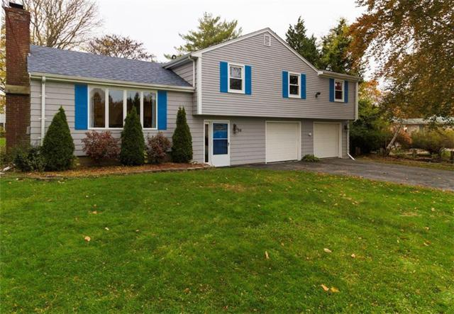 98 Sherwood Dr, Portsmouth, RI 02871 (MLS #1208914) :: Welchman Real Estate Group   Keller Williams Luxury International Division