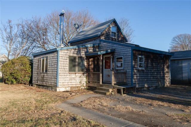 55 Oak St, Portsmouth, RI 02871 (MLS #1210695) :: Westcott Properties