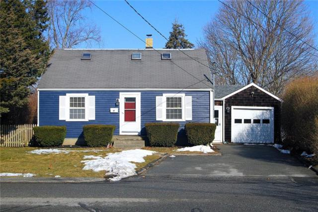 17 Hart St, Middletown, RI 02842 (MLS #1216664) :: Welchman Real Estate Group | Keller Williams Luxury International Division