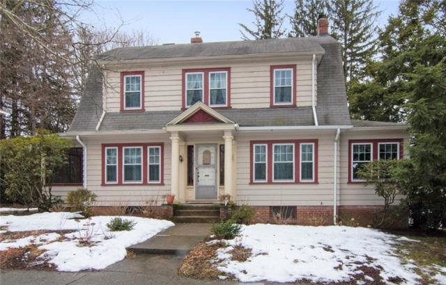 96 Ravenswood Av, Providence, RI 02908 (MLS #1217655) :: The Martone Group