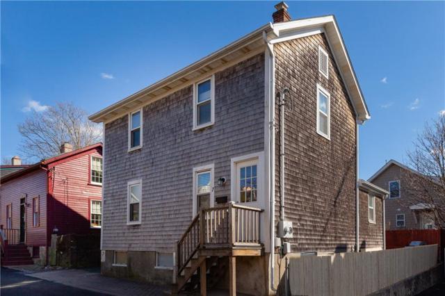 7 Milburn Ct, Newport, RI 02840 (MLS #1217810) :: Welchman Real Estate Group | Keller Williams Luxury International Division