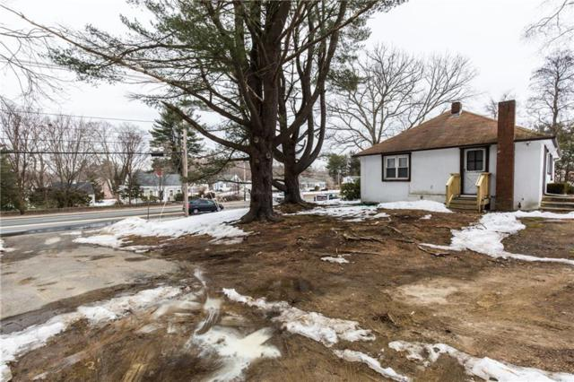 496 Putnam Pike, Smithfield, RI 02828 (MLS #1218009) :: The Martone Group
