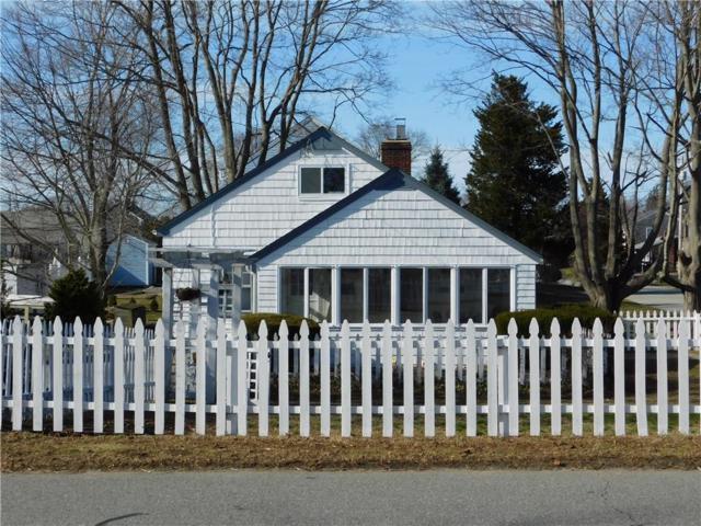 8 Foxboro Av, Portsmouth, RI 02871 (MLS #1219439) :: Welchman Real Estate Group | Keller Williams Luxury International Division