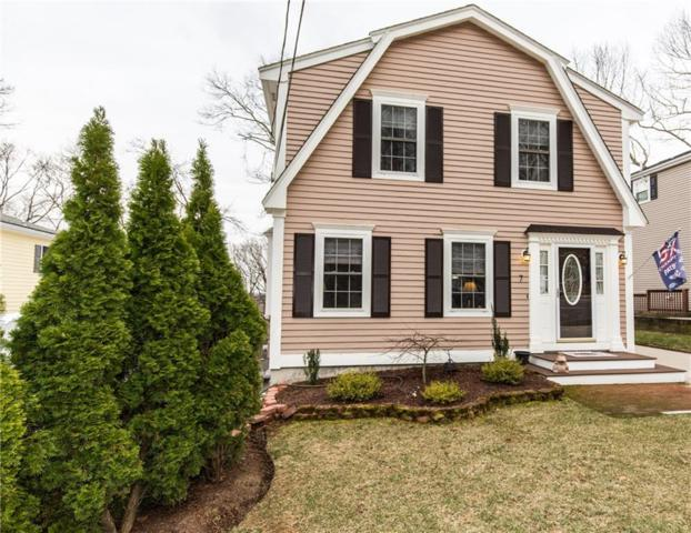 7 Rockledge Av, Lincoln, RI 02865 (MLS #1220314) :: RE/MAX Town & Country