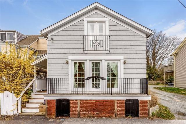 85 Tilden Av, Newport, RI 02840 (MLS #1220424) :: Welchman Real Estate Group | Keller Williams Luxury International Division