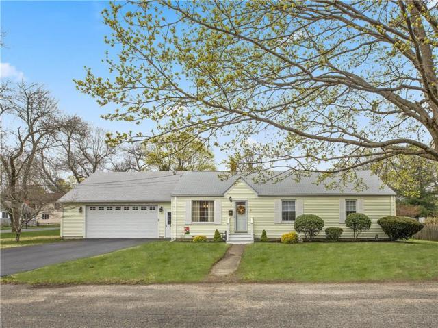 5 Vernon Pl, Barrington, RI 02806 (MLS #1220619) :: Welchman Real Estate Group   Keller Williams Luxury International Division