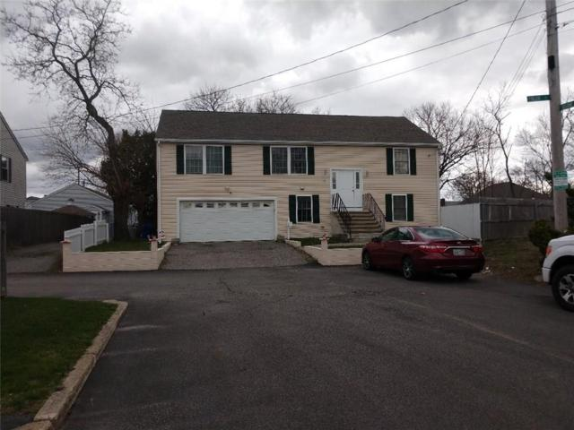 Pawtucket, RI 02861 :: RE/MAX Town & Country