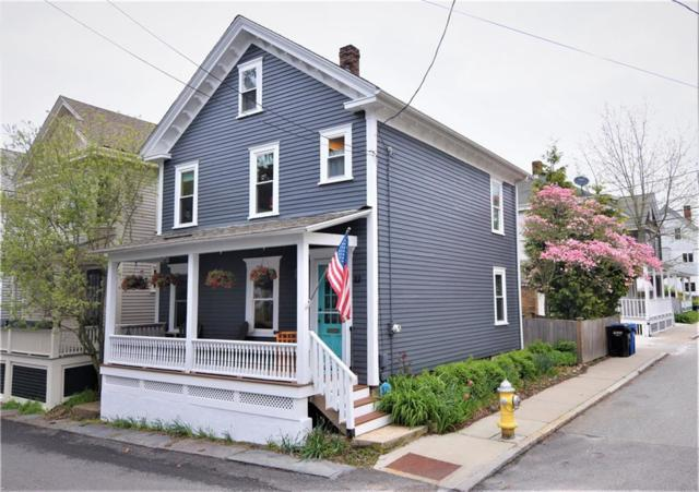 22 Calvert St, Newport, RI 02840 (MLS #1223524) :: Welchman Real Estate Group | Keller Williams Luxury International Division