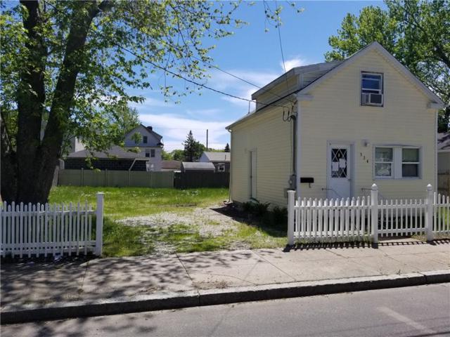 324 Smith St, Cranston, RI 02905 (MLS #1223912) :: Welchman Real Estate Group | Keller Williams Luxury International Division