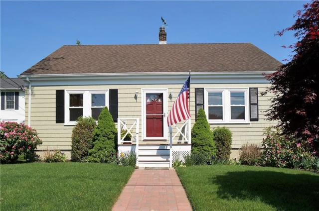 29 Fenner Av, Newport, RI 02840 (MLS #1224441) :: The Martone Group