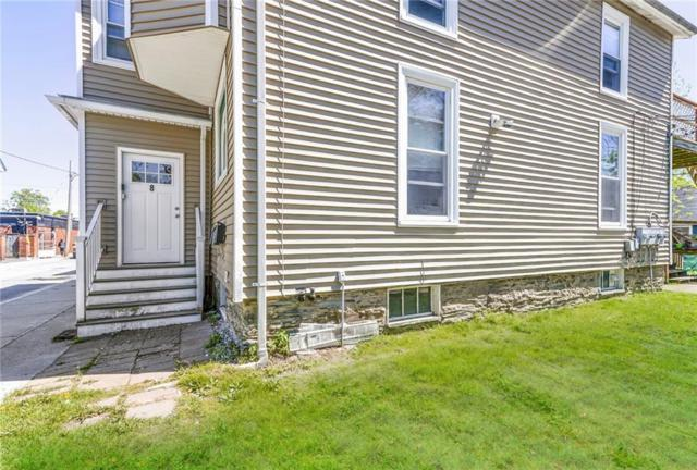 8 Pleasant St, Newport, RI 02840 (MLS #1224503) :: Welchman Real Estate Group | Keller Williams Luxury International Division