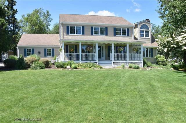156 Taylor Rd, Portsmouth, RI 02871 (MLS #1228331) :: The Martone Group