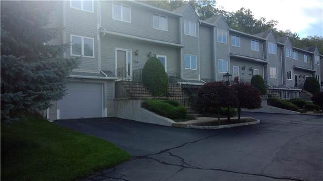 33 Waterview Dr, Unit#B B, Smithfield, RI 02917 (MLS #1229167) :: The Martone Group