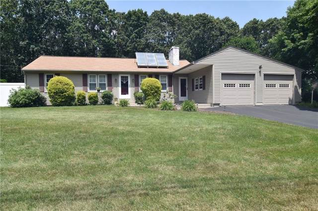 23 Maplewood Dr, Coventry, RI 02816 (MLS #1229449) :: Spectrum Real Estate Consultants