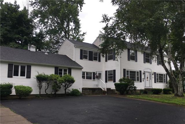 318 Columbia Av, Warwick, RI 02888 (MLS #1229977) :: The Martone Group