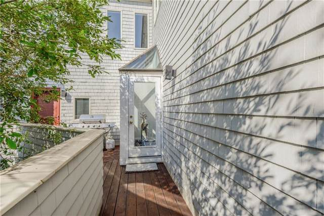 15 Hammersmith Rd, Unit#3 #3, Newport, RI 02840 (MLS #1230943) :: Welchman Torrey Real Estate Group