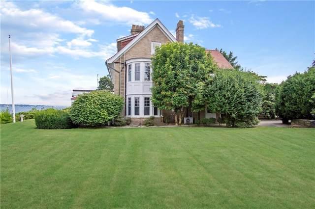 10 Seaview Av, Cranston, RI 02905 (MLS #1231028) :: Westcott Properties