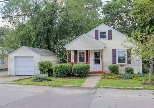 11 Pensaukee Av, North Providence, RI 02911 (MLS #1231992) :: Sousa Realty Group