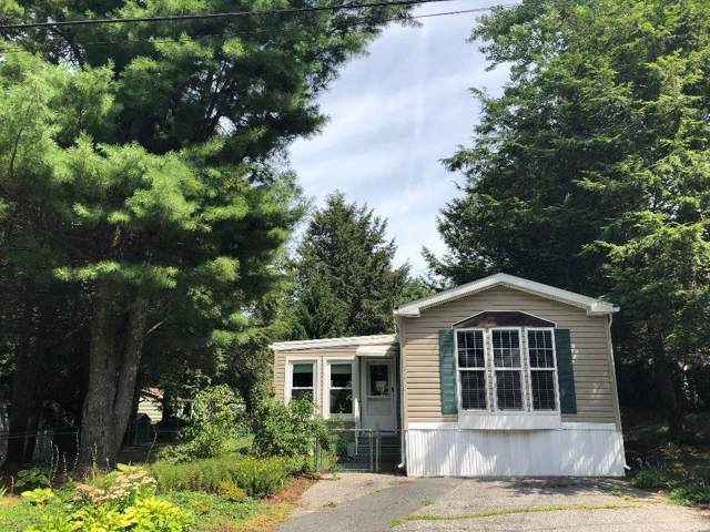 30 Maplewood Dr, Burrillville, RI 02839 (MLS #1232035) :: Sousa Realty Group
