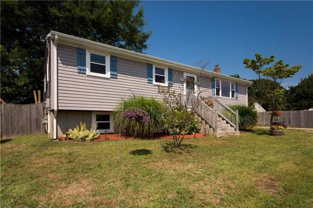 38 Riverside St, Portsmouth, RI 02871 (MLS #1232081) :: Welchman Torrey Real Estate Group