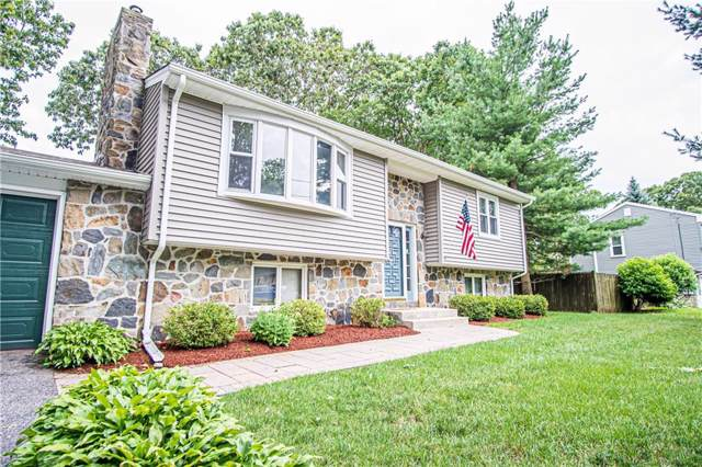 142 Sunrise Drive, Bristol, RI 02809 (MLS #1232965) :: The Seyboth Team