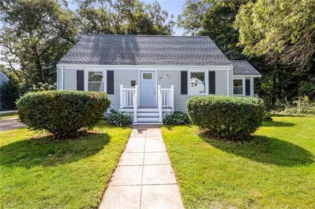 60 Lake Dr, North Kingstown, RI 02852 (MLS #1233096) :: Westcott Properties