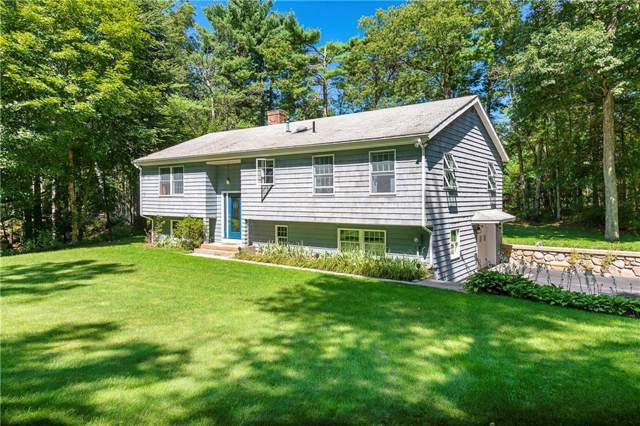 863 Putnam Pike, Glocester, RI 02814 (MLS #1233973) :: The Martone Group