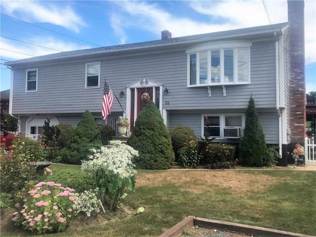 28 Center Street, Bristol, RI 02809 (MLS #1234729) :: The Seyboth Team