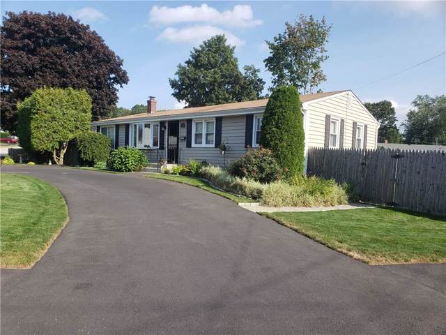 120 Warren Avenue, Cranston, RI 02920 (MLS #1235040) :: The Martone Group