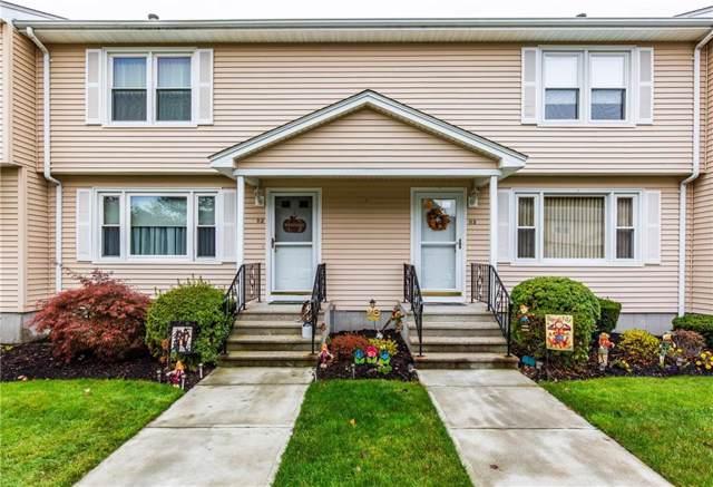 10 Bateman Avenue B3, Cranston, RI 02920 (MLS #1240083) :: The Martone Group