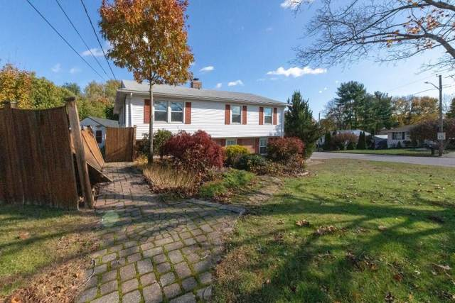 15 Meadowcrest Drive, Cumberland, RI 02864 (MLS #1241132) :: Spectrum Real Estate Consultants