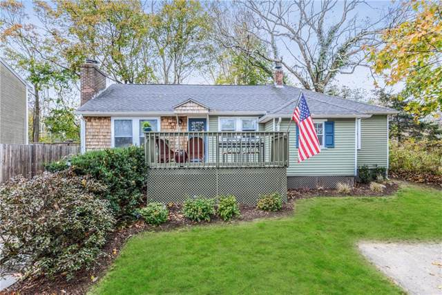 15 Middle Street, South Kingstown, RI 02879 (MLS #1241166) :: The Martone Group