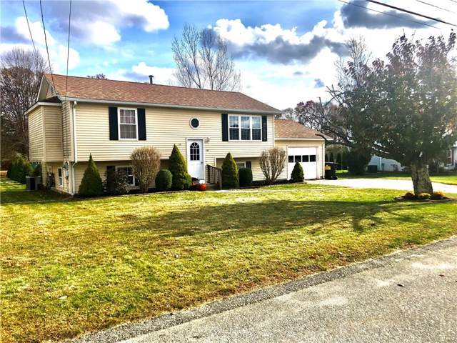162 Vista Circle, North Kingstown, RI 02852 (MLS #1241594) :: The Martone Group