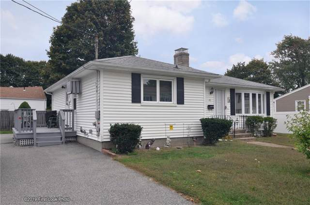 26 Oneida Street, Johnston, RI 02919 (MLS #1241818) :: The Seyboth Team