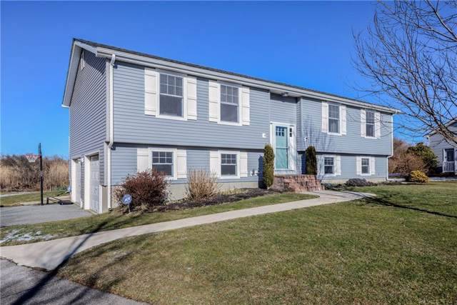 81 Amesbury Circle, Middletown, RI 02842 (MLS #1244432) :: Welchman Real Estate Group