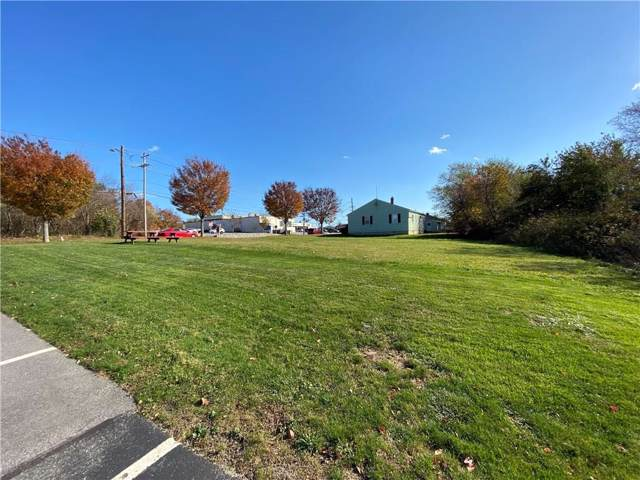 47 Valley Road, Middletown, RI 02842 (MLS #1245122) :: The Seyboth Team