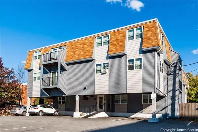 24 Stenton Avenue #301, Providence, RI 02906 (MLS #1245357) :: The Seyboth Team