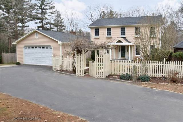 95 Hunter Ridge Drive, Scituate, RI 02857 (MLS #1246475) :: The Martone Group