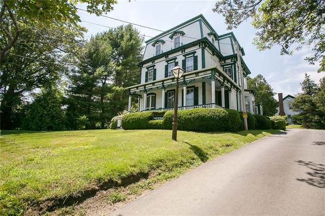 2788 East Main Road, Portsmouth, RI 02871 (MLS #1247003) :: Welchman Real Estate Group