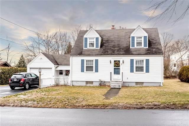 52 Cottage Street, Barrington, RI 02806 (MLS #1247053) :: Welchman Real Estate Group