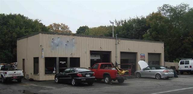 35 Farnum Pike, Smithfield, RI 02917 (MLS #1247154) :: The Martone Group