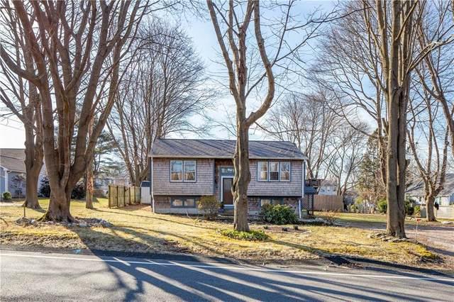 16 Mettatuxet Road, Narragansett, RI 02882 (MLS #1247380) :: The Martone Group