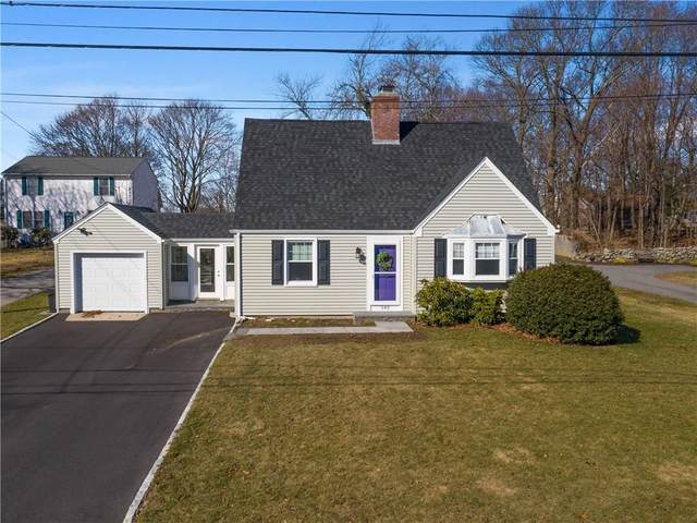 145 Dover Avenue, East Providence, RI 02914 (MLS #1247786) :: The Seyboth Team
