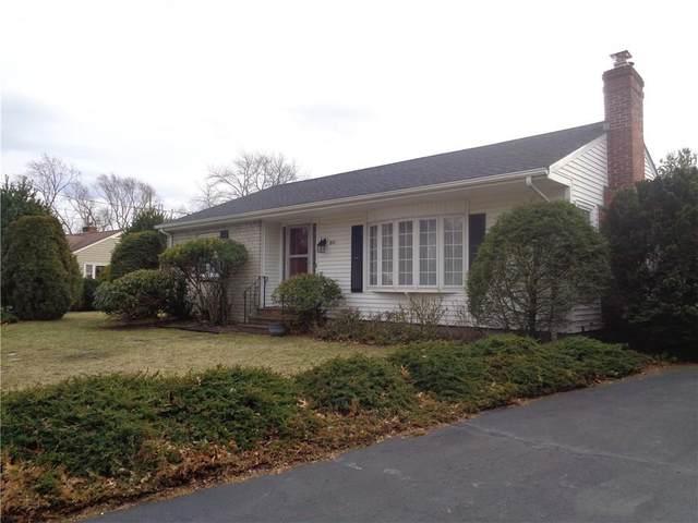 80 Twin Oaks Drive, Warwick, RI 02889 (MLS #1247903) :: RE/MAX Town & Country