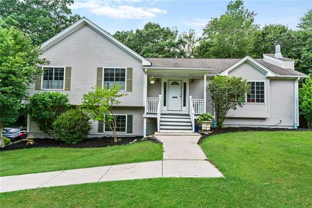 1579 Mooresfield Road, South Kingstown, RI 02879 (MLS #1248017) :: The Mercurio Group Real Estate