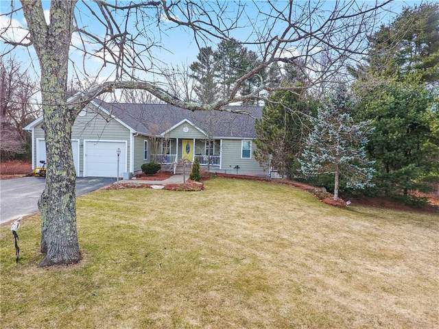 355 Chestnut Hill Road, Glocester, RI 02814 (MLS #1249461) :: The Martone Group