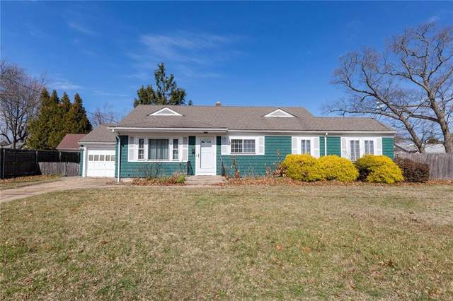 10 Galant Drive, Warwick, RI 02886 (MLS #1250889) :: Spectrum Real Estate Consultants