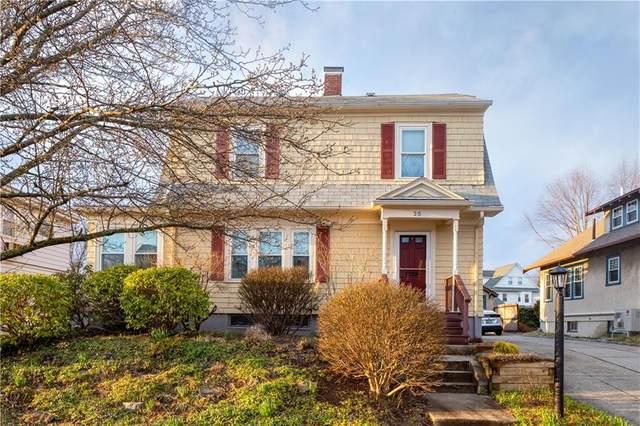 35 Berwick Lane, Cranston, RI 02905 (MLS #1250948) :: The Mercurio Group Real Estate