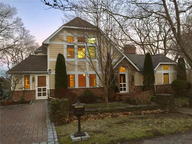 182 Spencer Avenue, Warwick, RI 02818 (MLS #1251197) :: The Martone Group