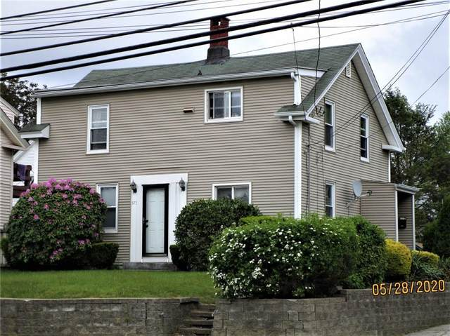 575 Providence Street, Warwick, RI 02886 (MLS #1254960) :: The Martone Group